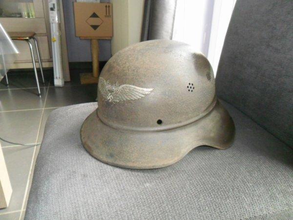 rentrée de brocante casque luftschutz