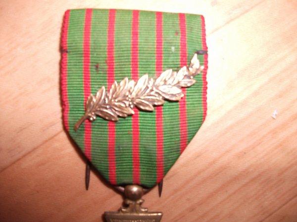 Croix de guerre + palme