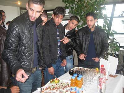 Le Footballs proffessionnelle arrive en Algerie avec la Ligue1 et la Ligue 2...