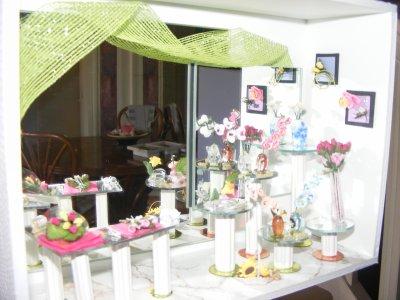 Nouvelle vitrine FLEURISTE avec des orchidées faites main