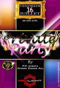 PRIVATE PARTY LE 16 JUILLET 2010 AU REDLIGHT