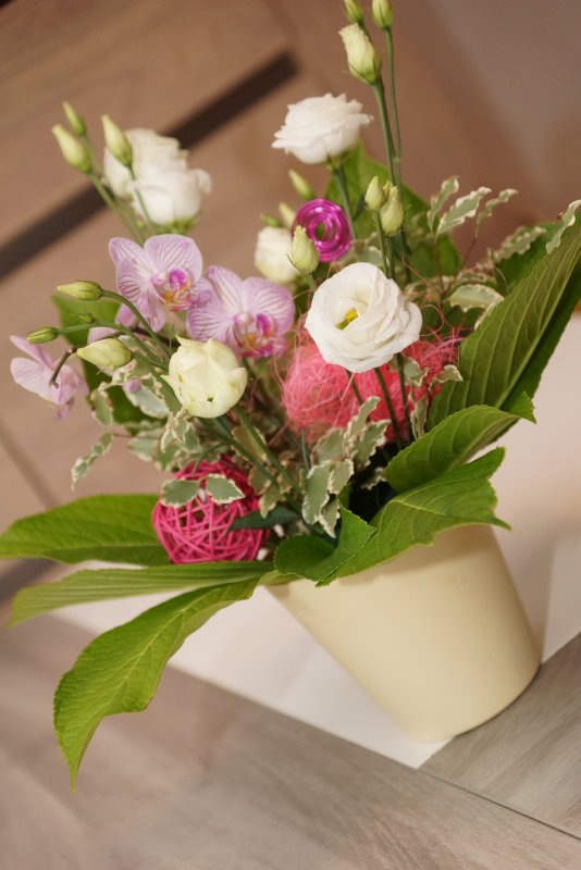 Bouquet de Lisianthus et Orchidée