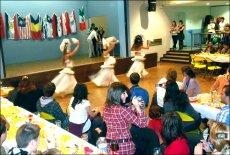 Prestation à la Mairie de Brest, à l'occasion de la soirée d'intégration des étudiants étrangers.