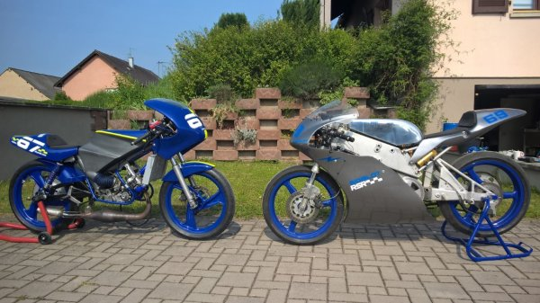elles seront à Dijon moto légende ce WE.....
