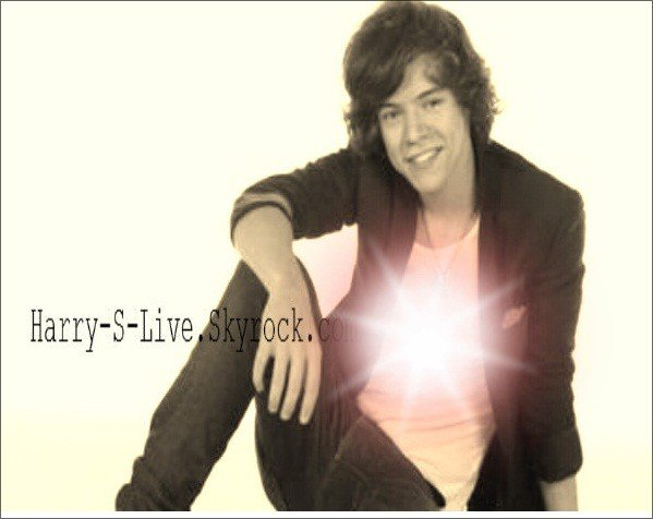 Welcome to your Live-Source on HARRY STYLES ! .