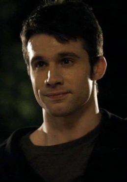 Personnages de Vampire Diaries 34 (Invités - Première saison)