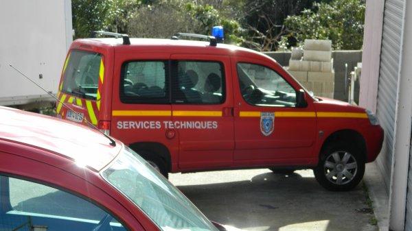 Véhicule du Service Technique du SDIS2A