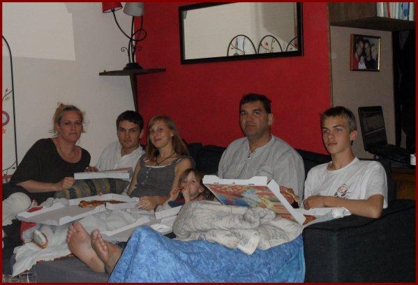 Soirée Pizza / Télé