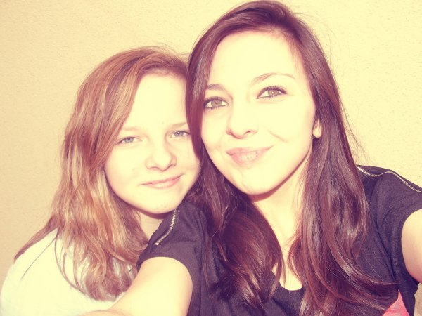 Ma grande soeur & moi ♥.