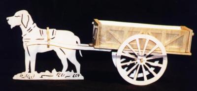 Découpage sur bois - 18 (Une charette avec un chien)