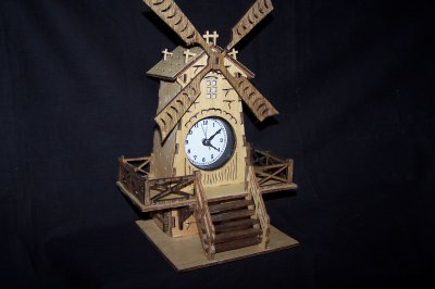 Découpage sur bois - 170 (Moulin à vent)