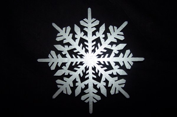 Découpage sur bois - 233 (Flocons de neige)