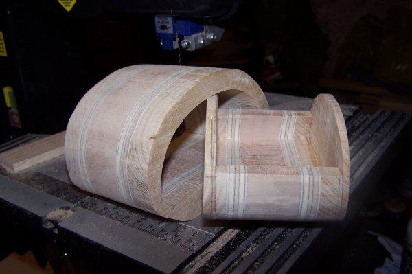 Découpage sur bois - 247 (Boîte à bijoux)