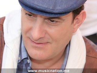 EXLUSIVE ..::::.. www.Xx3Musica-xX.Skyrock.com ..::::..  محمد إسكندر               -                 جمهورية قلبي (2011)