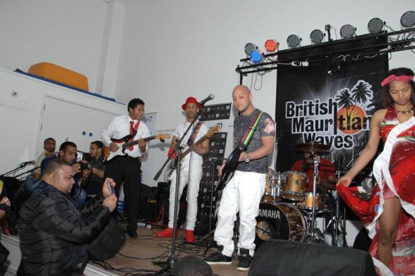 CONCERT LIVE IN CRAWLEY (ENGLAND)