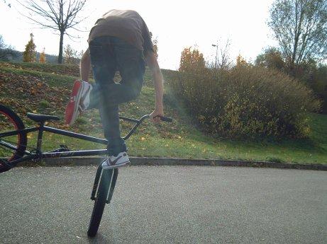 Footjam Whip (plaqué)