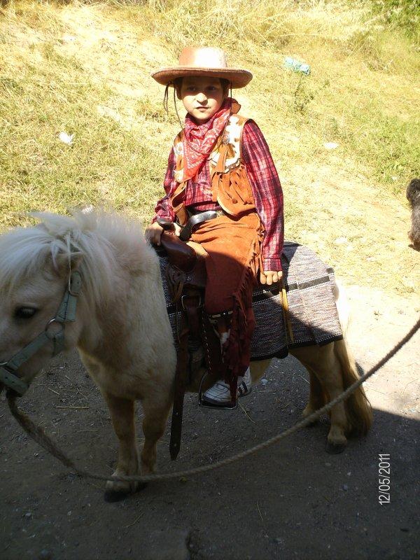 notre poney caramel et pepi