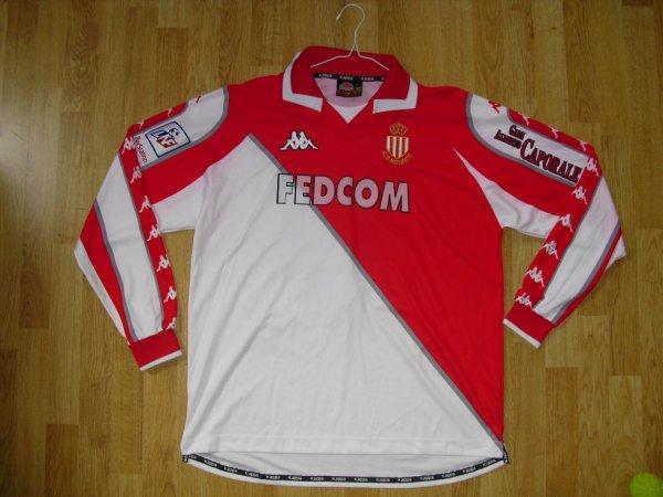 Maillot domicile saison 1998-1999 floqué RIISE (de face)