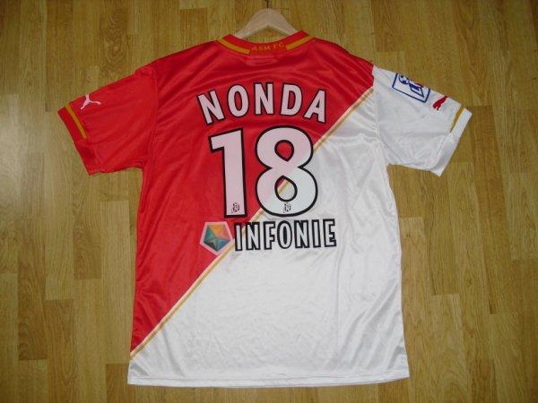 Maillot domicile saison 2001-2002 floqué Nonda (de dos)