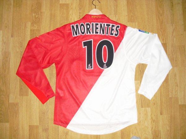 Maillot domicile saison 2003-2004 floqué MORIENTES (de dos)