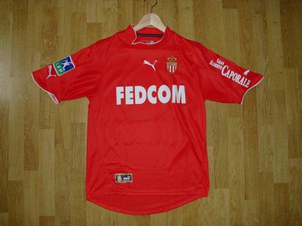Maillot extérieur saison 2004-2005 floqué SAVIOLA (de face)