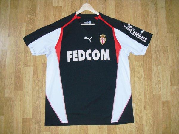 Maillot third saison 2004-2005 floqué CHEVANTON (de face)