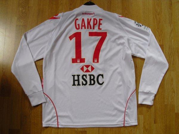 Maillot third saison 2010-2011 floqué GAKPE (de dos)