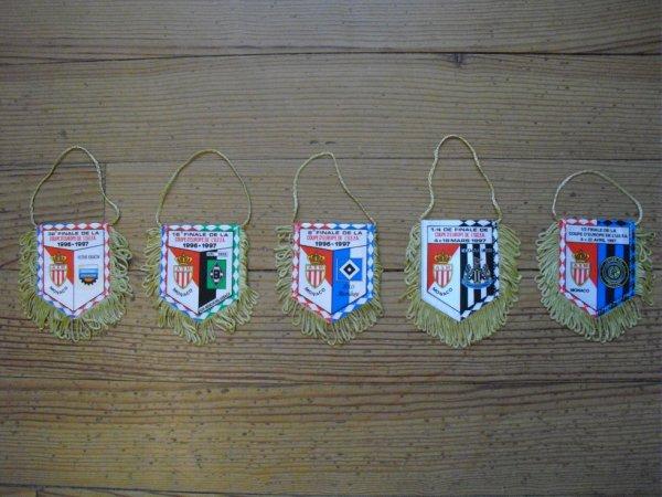 Fanions de match de Coupe d'Europe (C3) lors de la saison 1996/1997