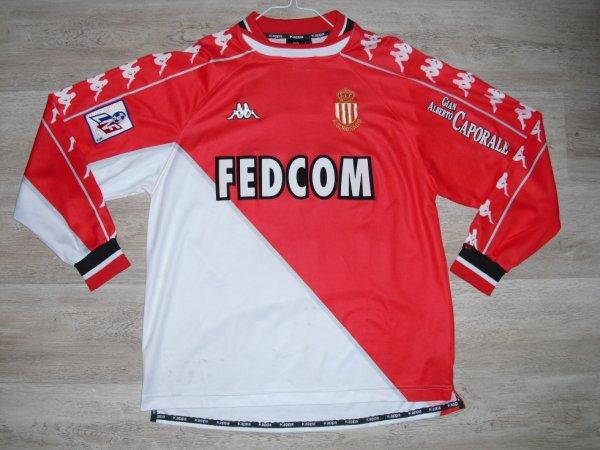 Maillot domicile saison 1999-2000 floqué SAGNOL (de face)