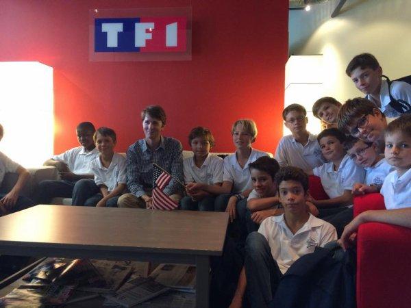 Les Petits Chanteurs reçu à Washington par Josselin Huchet, correspondant U.S pour TF1