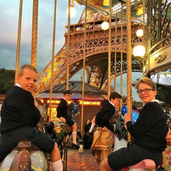 Les Petits Chanteurs de France à Taiwan pour Noël