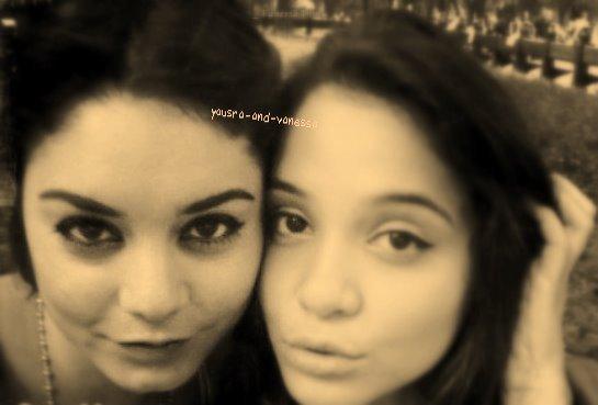 Une nouvelle photo de vanessa et sa soeur (stella) a New york  .