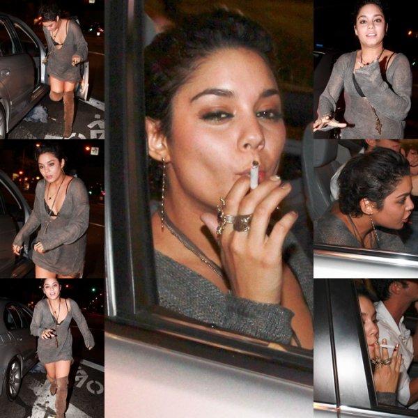 Vanessa de sortie à Hollywood avec des amis, le 25 juillet 2011 .