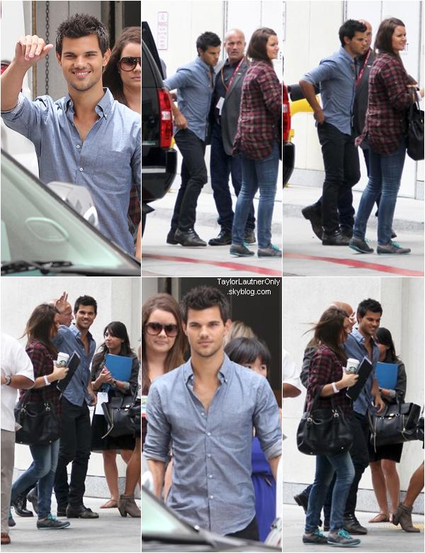 . Taylor à la sortie du Comic Con ♥ .