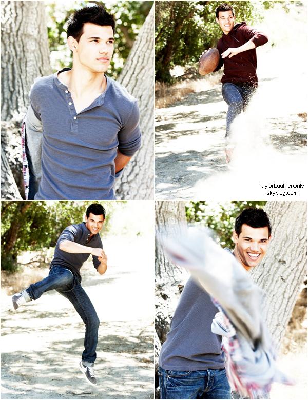 . De nouvelles photos d'anciens shooting réalisés par Taylor sont apparues : .