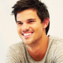Photo de TaylorLautnerOnly