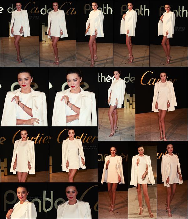 ' 05/05/17 : Miranda Kerr au dîner organisé pour la nouvelle montre Panthère de Cartier - à Los Angeles.  Miranda porte d'ailleurs la montre en question ! Désolé je n'ai pas pensé à faire un zoom dessus, elle est assez fine et dorée. J'adore la tenue,un  top '