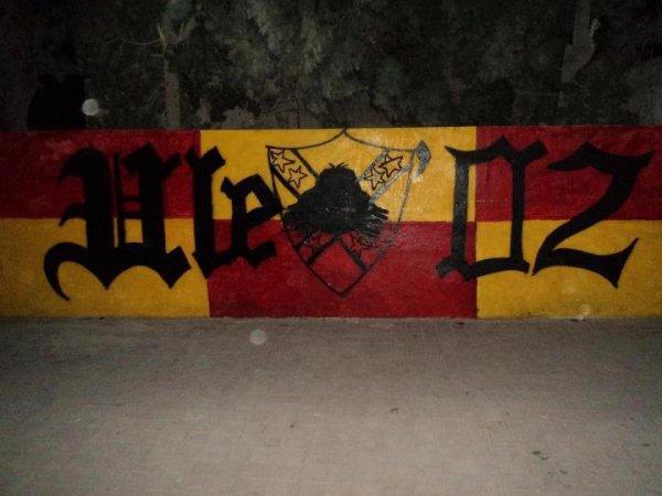 Ultras L'emkach5in 02 <2