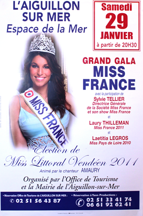 28/12/10. -> Merci pour les 200 com's passés (L) + Des infos sur Laury !