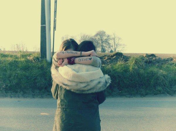 L'amitié relis trois grand C : la Connerie, la Confiance et la Complicité. ♥ Babe, la meilleure.♥