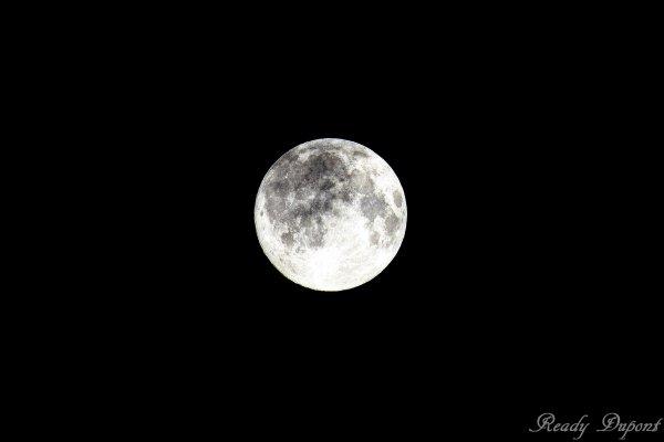 une ch'tite lune..