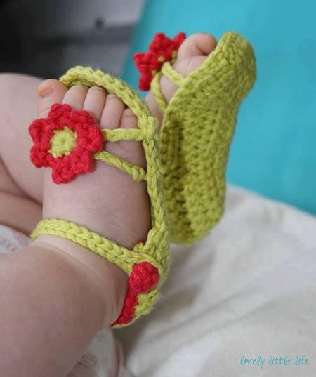 sandale de bébé au crochet