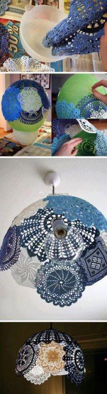 lustre avec des napperons de couleurs ou blancs au crochet