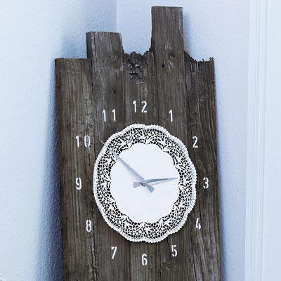 horloge planche et napperon