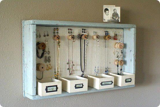 cadre et rangement pour bijoux