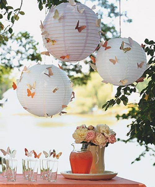 deco lampions papillons