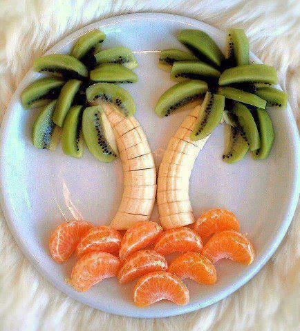 salade d'île et palmiers aux fruits frais