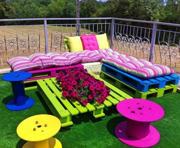 j'adore ces couleurs pour un salon e jardin