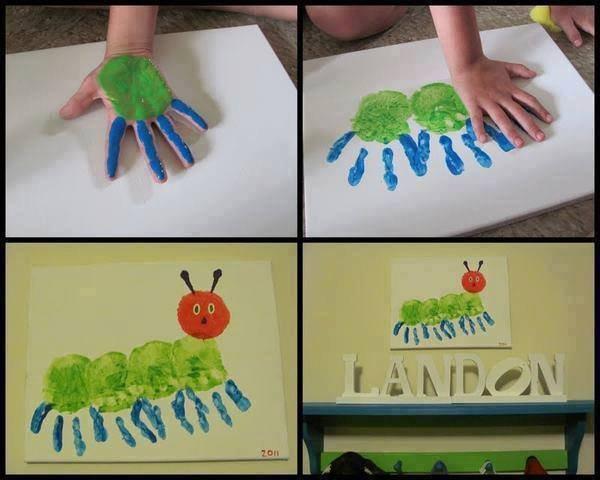 dessin de chenille avec les paumes des mains et de la peinture