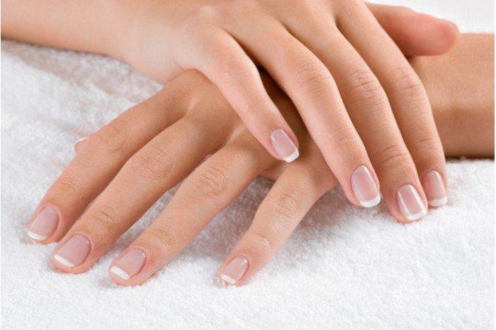 Comment blanchir et durcir les ongles ?